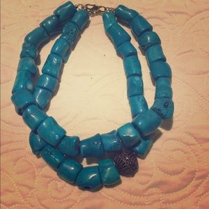 Beautiful faux turquoise necklace!